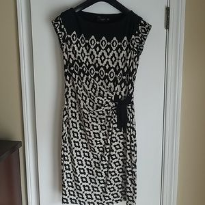 Just....Taylor Cinched Waist Dress Size 2
